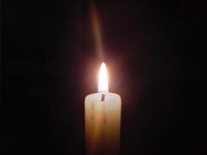 Candle_1_w_effect_web